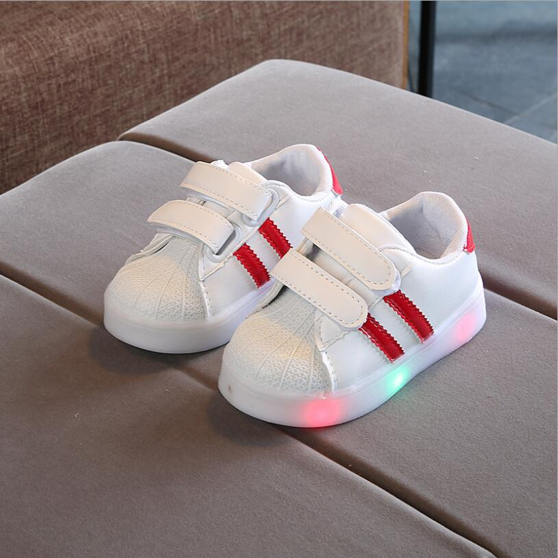 Kids LED Sneakers Breathable Children Sports Shoes For Baby Girls Boys Luminous Shoes With Light Size 21-30