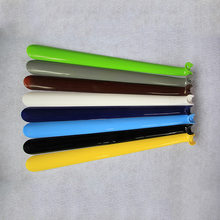 Professional Portable Shoe horn Practical Durable And Durable Multi-color Insole Vamp Lift Plastic Long Handle 43cm(China)