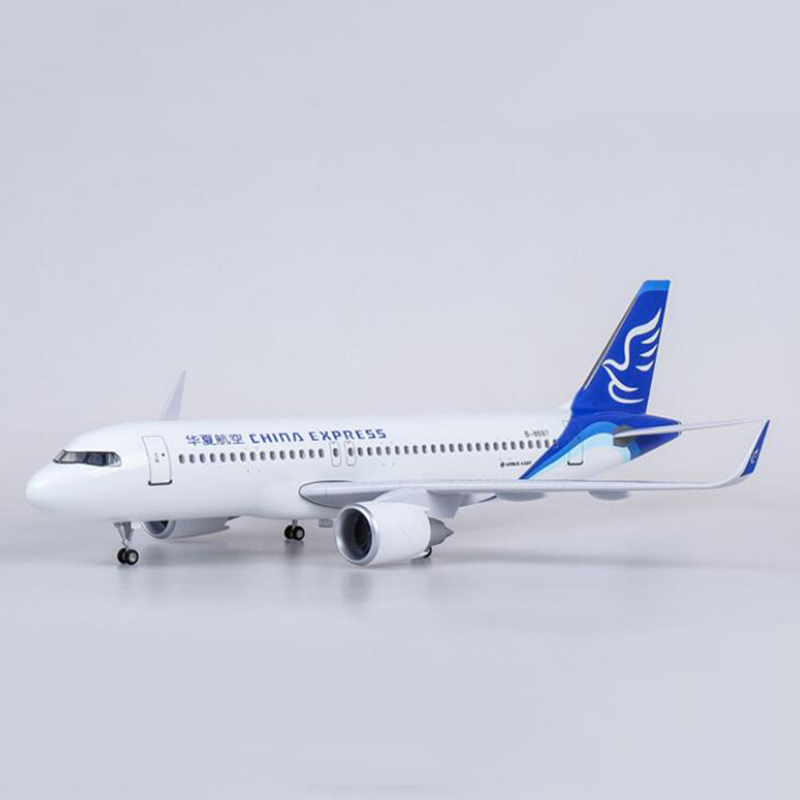 1/80 Scale 47CM China Express Airplane Airbus A320 NEO Airline Model LED Light & Wheel Landing Gear Diecast Resin Plane Toy