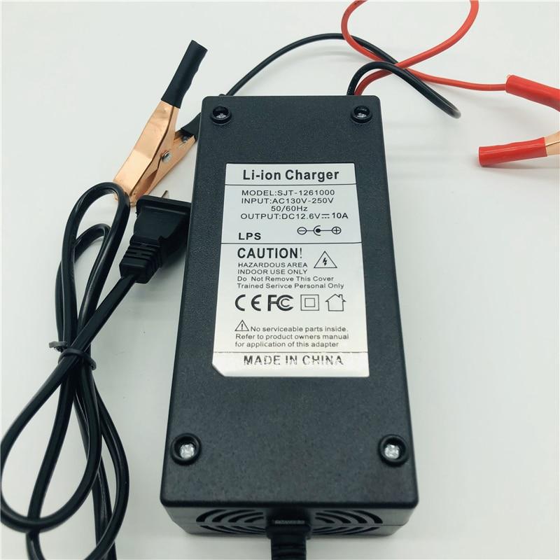 Зарядное устройство 12,6 В 10 А с мужской головкой переменного тока, красные и черные зажимы для штепсельных вилок США, диапазон напряжения ...