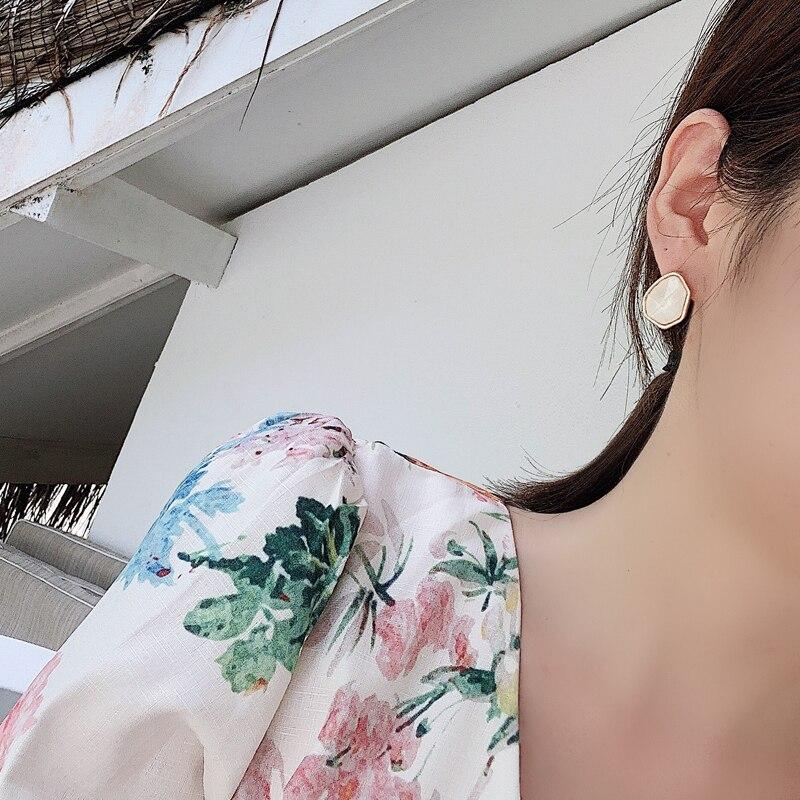 Fashion metal contracted irregular earring for women polygon stud earrings female Vintage joker stud earrings Nightclub jewelry