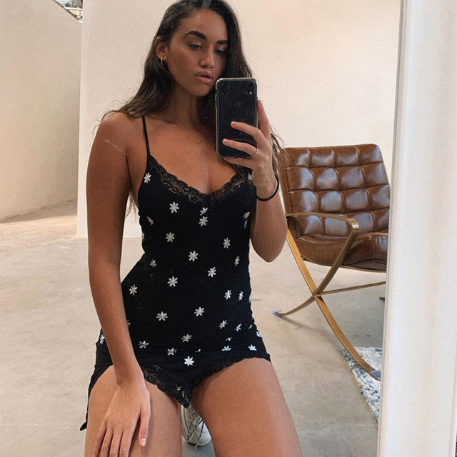 HEYounGIRL 90s Print Embroidery Lace Sexy Bodycon Dress Split Summer Mini Dresses Ladies Embroidery Sleeveless Short Dress Y2K 5