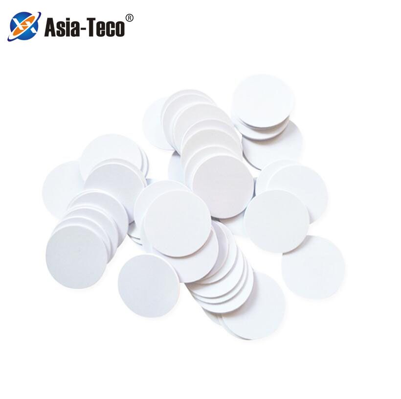 100pcs NFC Ntag215 Coin TAG Key 13.56MHz NTAG 215 Universal Label RFID Ultralight Tags Labels  25 Mm Diameter