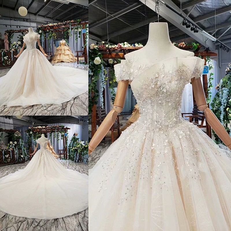 Custom Made Vintage Wedding Dresses Ball Gown Fluffy Cap Sleeve Flowers Crystal Beading 100% Real Photos Bridal Gowns  YJ08