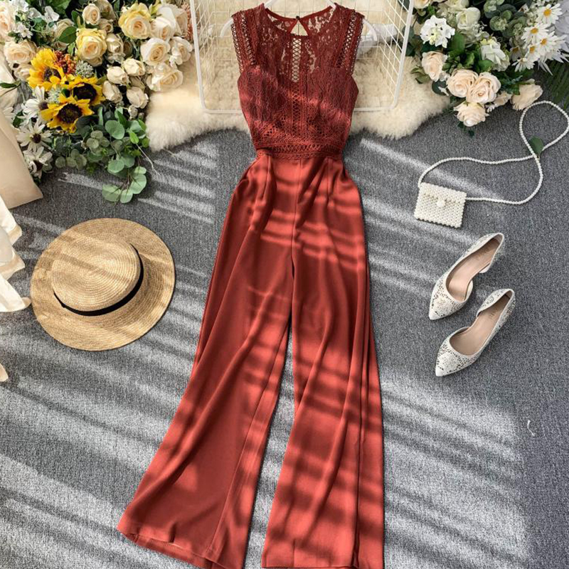 Runway Designer High-Quality Hollow Out Vintage Romper Elegant Round Neck Sleeveless Lace Patchwork Party Casual Playsuit Romper