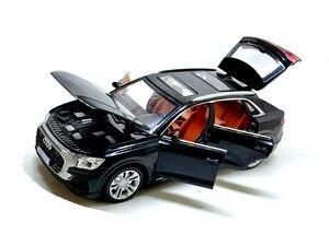 Image 3 - גבוהה סימולציה 1:32 אאודי Q8 עם קול אור למשוך בחזרה סגסוגת צעצוע מכונית דגם צעצועים לילדים מתנות משלוח חינם