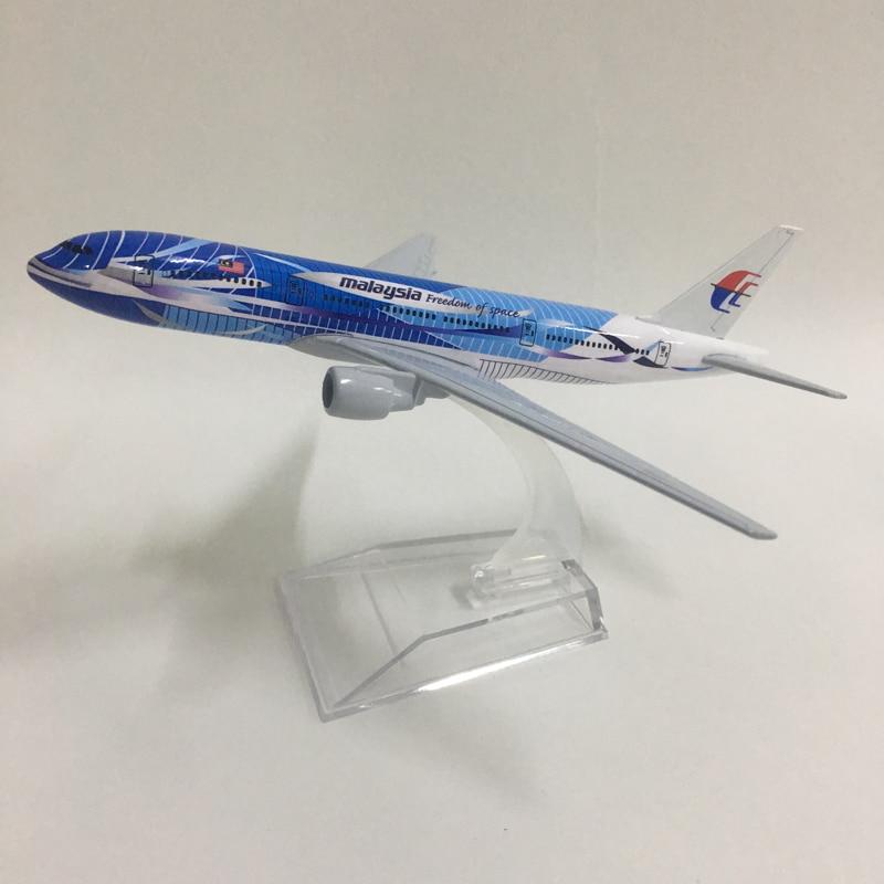 16cm Metall Legierung Flugzeug Modell Air Malaysia Freiheit Von Raum B777 Airways Flugzeug Boeing 777 200 Airlines Flugzeug Modell w Stand