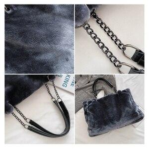Image 5 - Faux Fur kobiety torba na ramię Casual pluszowa pani torebka na ramię moda łańcuch większa pojemność torba na zakupy torebka podróżna kobieta zima