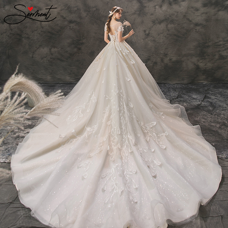 Luxury Petal Lace Boho Wedding Dress Off The Shouder Boat Neck Suitable for Royal Church Weddings for Pregnant Women Plus Size