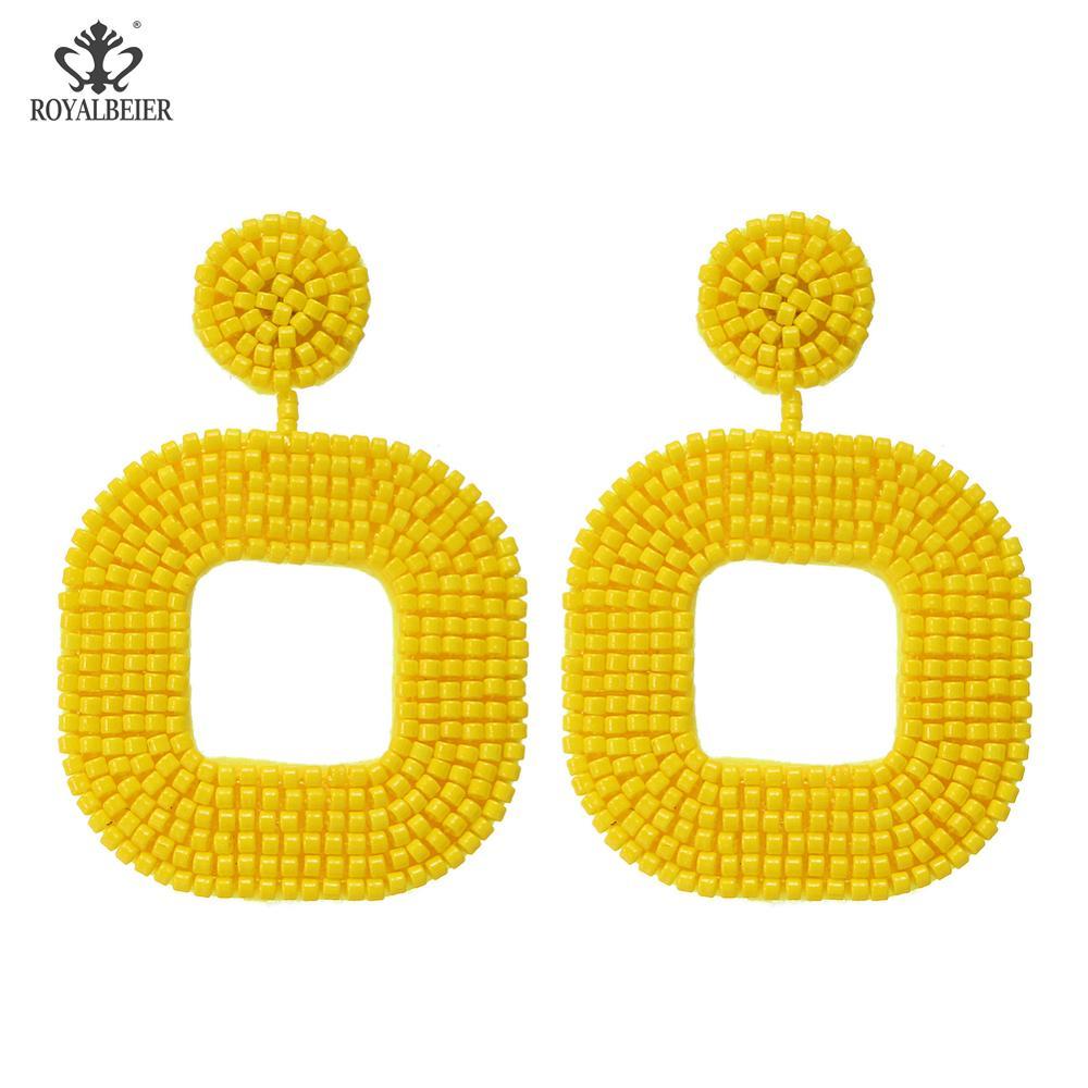 yellow 0679d