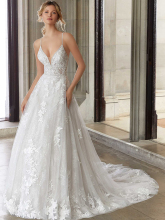 Gorgeous Appliques A-Line V-neck Crystal Wedding Dress Lace Bridal Belt Wedding Gown