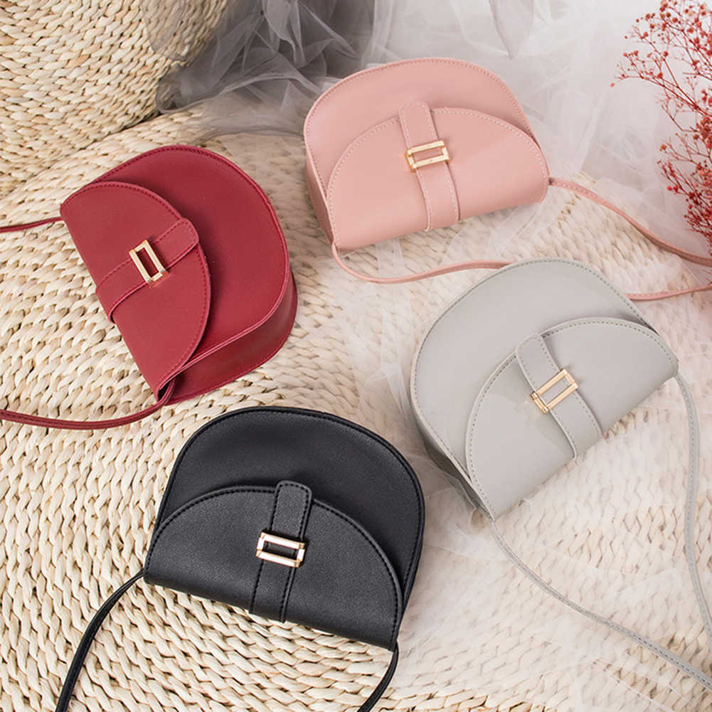 حقائب موهير دي ماركا famosa 2019 أزياء المرأة البسيطة الصلبة اللون نصف دائرية حقيبة كتف Crossbody الهاتف الحقيبة