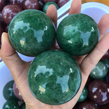 Natural  green strawberry quartz crystals ball Stones crystal reiki healing home decoration feng shui stones sphere natural blue sodalite stone ball mineral quartz sphere hand massage crystal ball healing feng shui home decor accessory 40mm