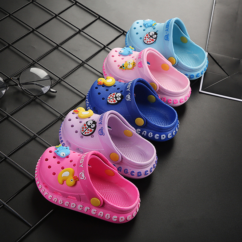 Children Slipper For Boys Girls 2020 New Porous Shoes Summer Outer Wear Garden Shoes Home Anti-slip Soft Soles Kids Slipper