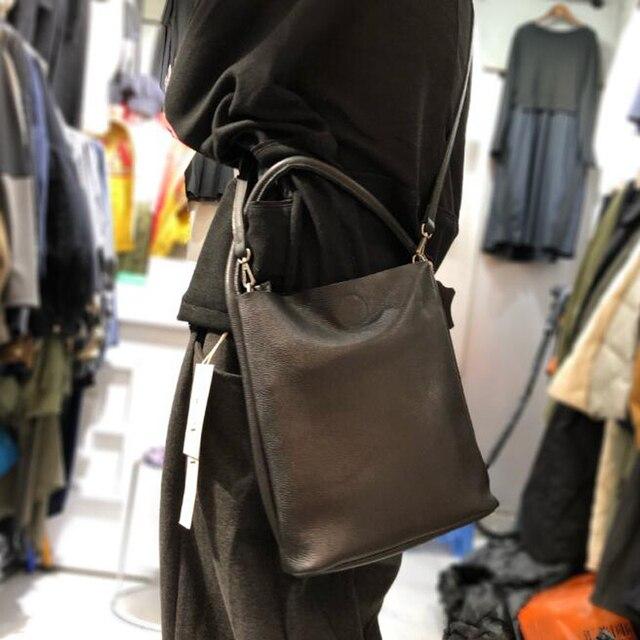 New Bag Genuine Leather Handbags Simple Bolsa Feminina Casual Womens Crossbody Shoulder Bag Multi Wear Lady Big Bucket Handbag