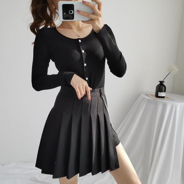 Gothic Skirt in solid color with chain