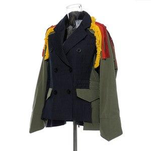Image 2 - [EAM] גדול גודל פסים ניגודיות צבע דפוס הדפסת מעיל חדש דש סרט Loose Fit נשים מעיל אופנה האביב סתיו 2020 JZ521