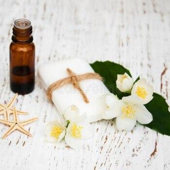 Jasmine essential oil Relieve depressed mood, enhance self-confidence, improve skin dryness, over oil, etc., increase skin elast