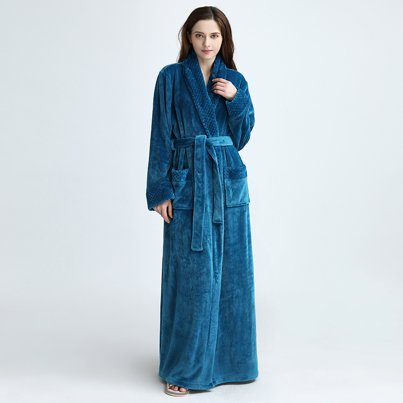1pcs Women/Men Robes Autumn Lengthened Soft Winter Bathrobe Comfortable Warm Long Sleeve Long Night Dress Sleepwear Ladies