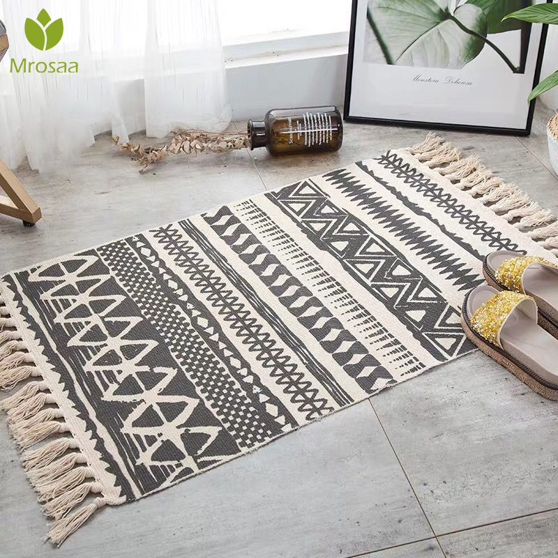 Hot Retro Bohemian Hand Woven Cotton Linen Carpet Rug  Bedside Rug Geometric Floor Mat Living Room Bedroom Carpet Home Decor
