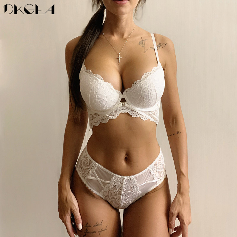 2020 New Thick Cotton Brassiere Embroidery Green Bra Set Push Up C D Cup Underwear Set Sexy Bras  Women Lace Lingerie Sets Black