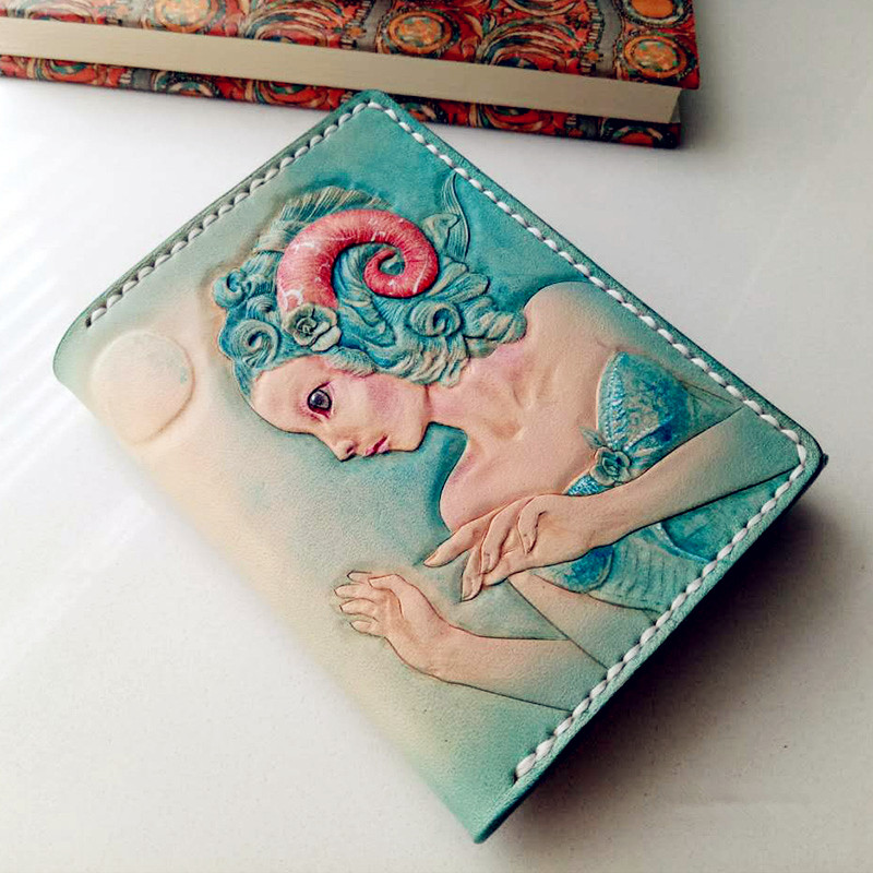 Handmade Womwen Genuine Leather Wallets Carving Fairy Beauty Purses Clutch Vegetable Tanned Leather Girls Wallet Card Holder