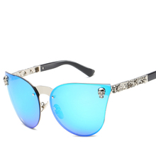 Sun Glasses for Women Individual Carved Luxury Fashion Wayfarer Trending Product