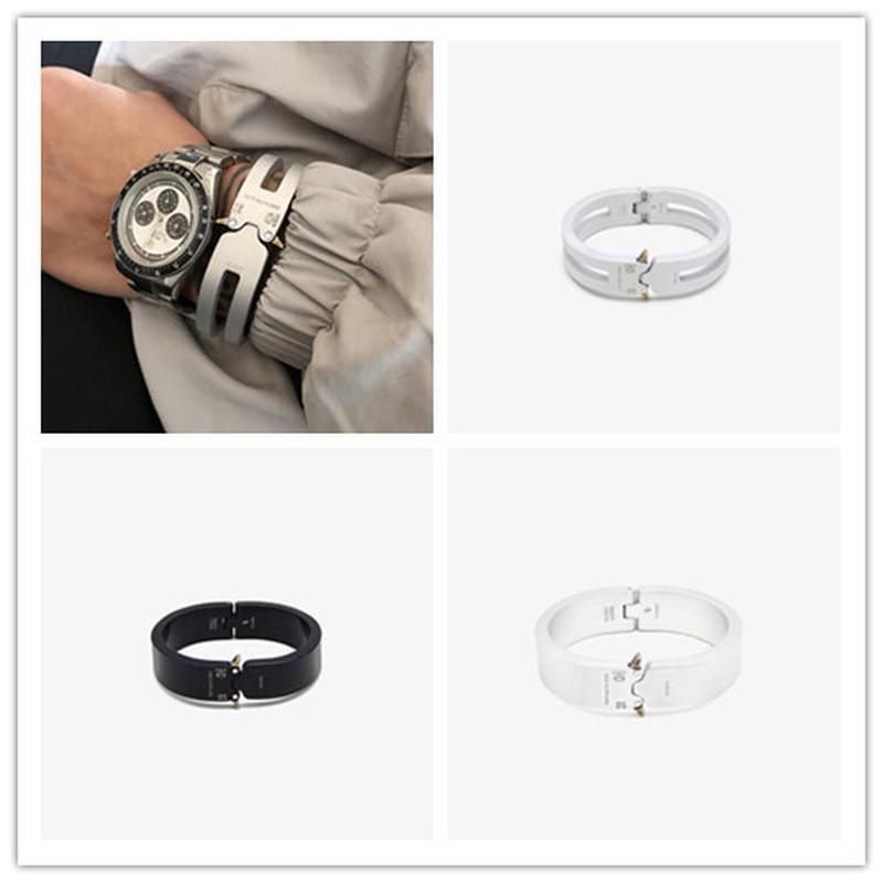 20ss New Alyx TTitanium Alloy Bracelet 1:1 Top Version ALYX Track Men Women Unisex Couples Jewelry Bangles ALYX Bracelet