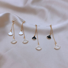 South Korea's new ginkgo leaf long tassel temperament earrings, geometric fashion women's earrings, 2020 new jewelry