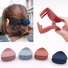colour Plastic Hair Claw Fashion Women geometric Crab Clamp Hairgrip Clip temperament headdress