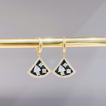 SIPENGJEL Neue Mode Cubic Zirkon fan shaped Ohrringe Clssic Shiny Kristall Gold Hoop Ohrringe Für Frauen Mädchen Schmuck Geschenk