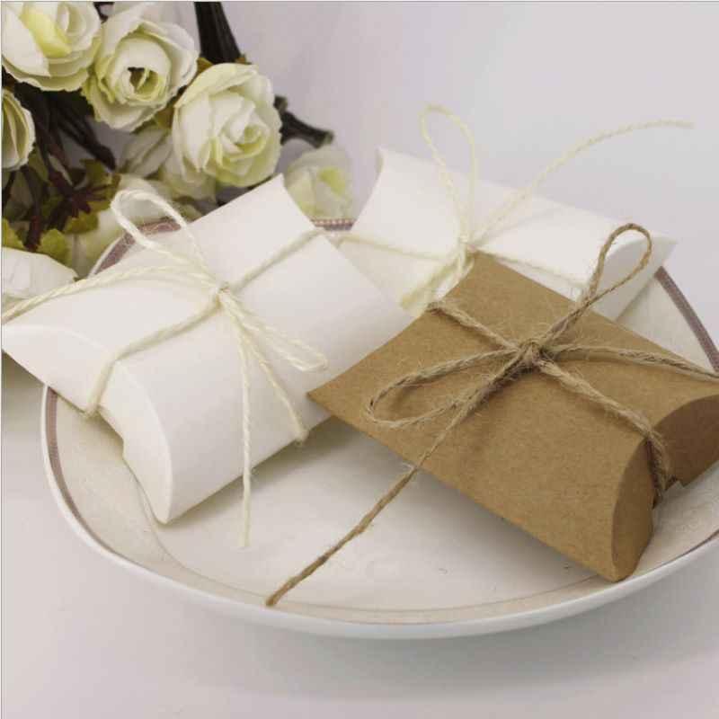 50 Pcs Kraft Box Cuscino per La Caramella Del Biscotto Sacchetti di Imballaggio di Carta di Favore di Cerimonia Nuziale Scatole Regalo Del Bambino Doccia Partito Borse