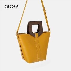 Image 4 - Vintage Fashion Female Tote bag 2019 New Quality PU Leather Womens Wooden handle Designer Handbag Shopping Messenger bag Bolsas