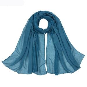 Image 2 - Осенне зимние шарфы хорошего качества, Женский хлопковый шарф, шали и накидка, хиджаб, шарф, женская теплая длинная шаль, мусульманский хиджаб