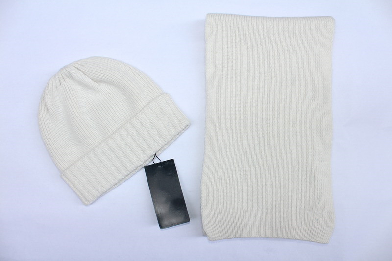 Hat And Scarf Brand Fashion Luxury Combination Of Mens And Womens Scarves And Hats Winter New Knitted Hat And Scarf Wholesale