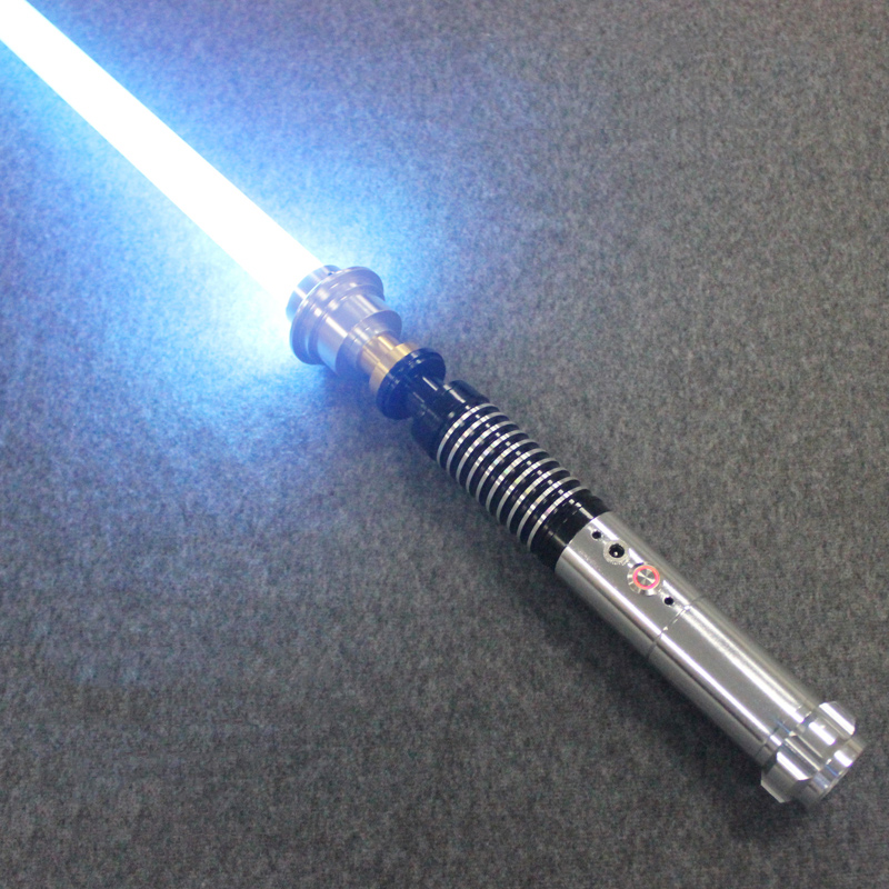 Haute qualité sabre laser chaud métal matériel noir série avec sabre léger épée 110 cm longueur avec LED Charge garçon cadeau d'anniversaire