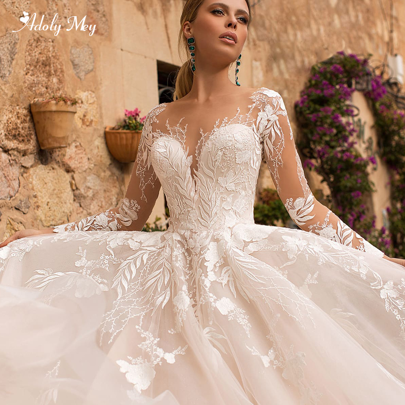 Adoly Mey Gorgeous Appliques Long Sleeve A-Line Wedding Dresses 2020 Elegant Scoop Neck Button Court Train Vintage Bridal Gown