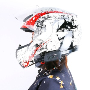 Image 4 - 2PCS V6 Helmet Intercom Bluetooth Music Player Wireless Motorbike Handsfree Headset Fashion Waterproof Communicator for 6 riders