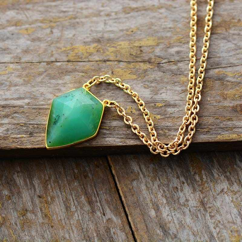 天然宝石ペンダントネックレスピラミッド石ゴールドトーンチェーンチャームネックレスユニークなアートジュエリーファム
