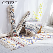 SKTEZO 2019 New Retro Bohemian Hand-woven Cotton Linen Rug Bedspreads Geometric Floor Rug Living Room Bedroom Carpet Home Decor