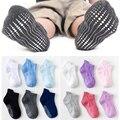 6 пар в партии, носки для маленьких мальчиков и девочек Однотонные Цвет из мягкого хлопка Детские носки нескользящая подошва; Тапочки для но...