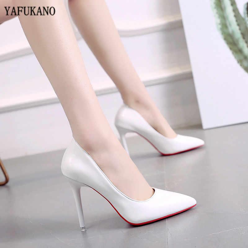 Seksi çıplak renk yüksek topuklu moda 10cm ince topuklu pompaları Patent deri kırmızı taban tek ayakkabı düğün ziyafet kadın ayakkabı