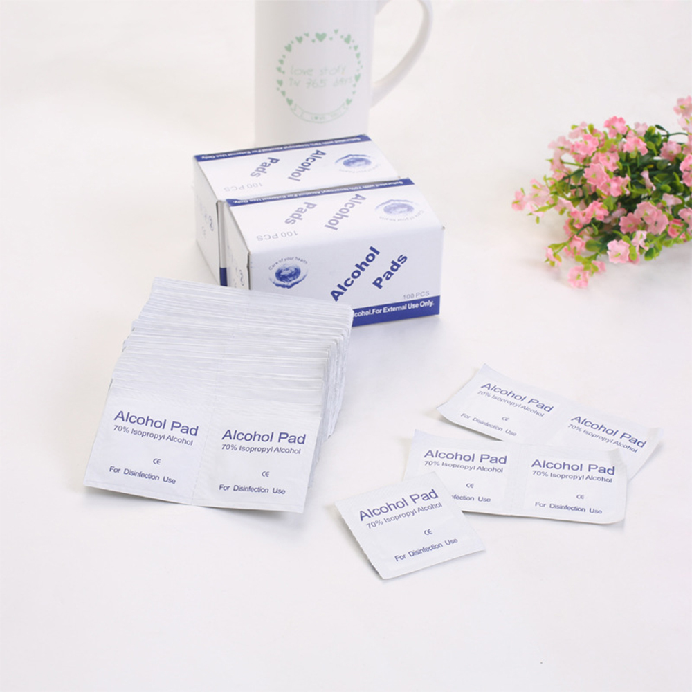 100 Pcs Alcohol Wet Wipe Disposable Disinfection Skin Cleaning Care Jewelry Mobile Phone Clean Skin Sterilization First Aid