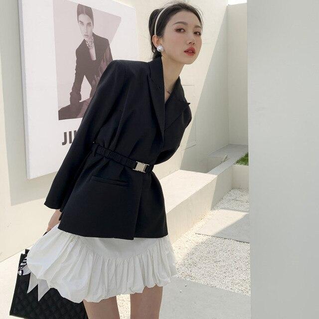 [EWQ] Ball Gown Skirt Side slits cross belted blazer chic black coats high waist queen office clothing 2-piece set 2021 summer 3