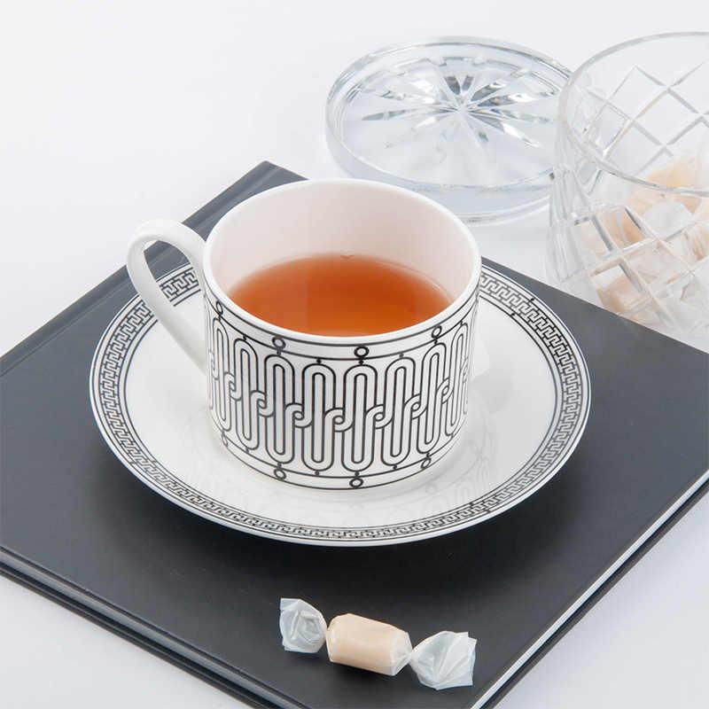 Ensemble de tasses et sous-tasses à café en porcelaine dorée, de qualité supérieure, style européen