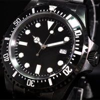 Clásico 42mm negro estéril Dial negro PVD caso recubierto luminoso marcas cerámica giratorio bisel movimiento automático reloj para hombres P66