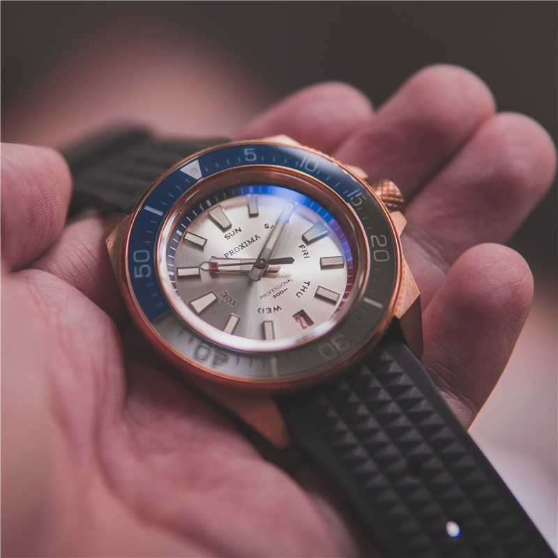Proxima白ダイヤル高級男性腕時計cusn 8 ブロンズサファイアクリスタル自動機械式ダイバーメンズ腕時計aaaスポーツ時計