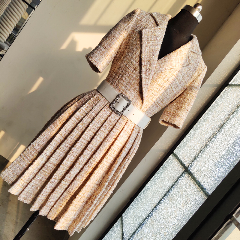 2019 Autumn women high quality belt tweed pleated dress Chic OL short sleeves dress B215