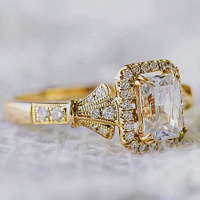 Huitan Luxury Tiny Shiny CZ Stone Engagement Rings Romantic Golden Color Valentine's Day Gift For Girlfriend Solitaire Midi Ring