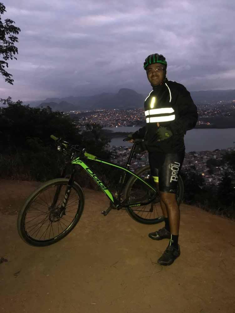 WOSAWE مقاوم للماء الرجال الدراجات سترات عالية الوضوح سترة واقية دراجة الملابس الرياضية عاكسة المطر مقاومة دراجة معطف